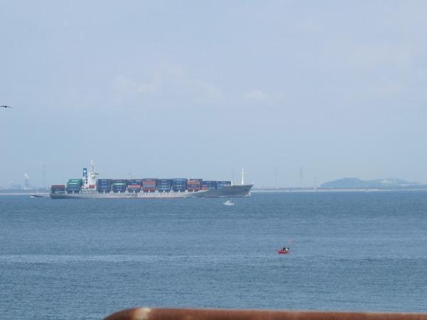 コンテナ船.jpg
